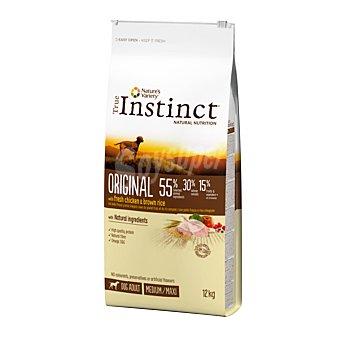 True Instinct Pienso natural para perros adultos de raza mediana y grande con pollo fresco y arroz integral Bolsa 12 kg