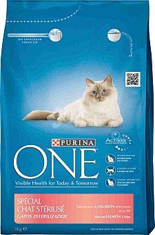 One Purina Purina ONE Gatos Esterilizados rico en Salmón y Trigo 3kg 3 kg