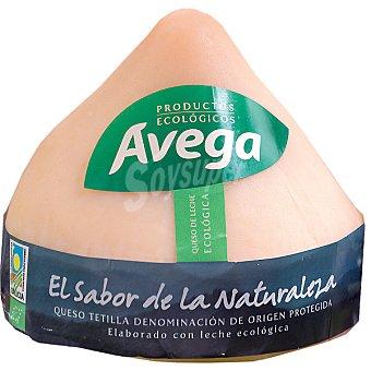 AVEGA Aroma Dos Montes queso tetilla elaborado con leche ecológica con D.O.  Pieza 750 g