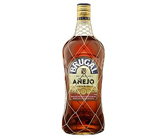 Brugal Ron añejo de calidad superior, destilado, envejecido y embotellado en Republica Dominicana Botella de 1.75 l