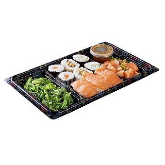 Leroy Surtido de sushi bento box (ensalada de alga wakame, surtido de sushi y tarta de salmón) Bandeja 260 g