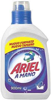 Ariel Detergente líquido a mano Botella 900 ml