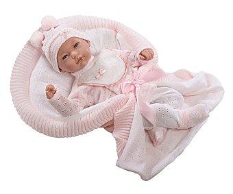 Guca Muñeca bebé híperrealista África con trajecito rosa y mantita, Baby Reborn, 46cm. guca
