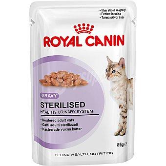 Royal Canin Alimento humedo para gatos esterilizados para mantener el peso ideal en finas laminas bolsa 85 g Bolsa 85 g