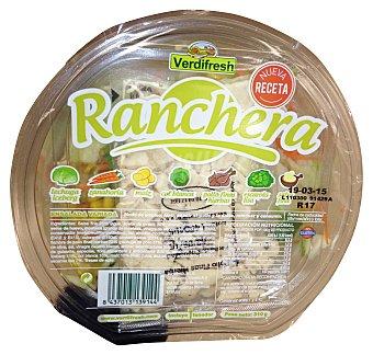 VERDIFRESH Ensalada ranchera (lechuga iceberg, zanahoria, maiz, col blanca, escarola lisa, pollo finas hierbas y salsa fina)   Tarrina de 310 g