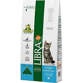 LIBRA Kitten pienso equilibrado para gatitos rico en pollo y arroz bolsa 1,5 g Bolsa 1,5 g