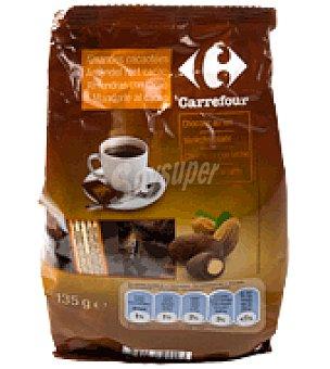 Carrefour Almendras recubiertas de chocolate con leche 135 g