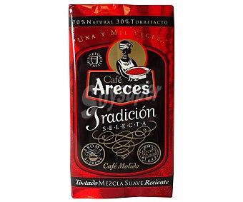 Areces Café molido mezcla: 70% natural, 30% torrefacto 250 Gramos