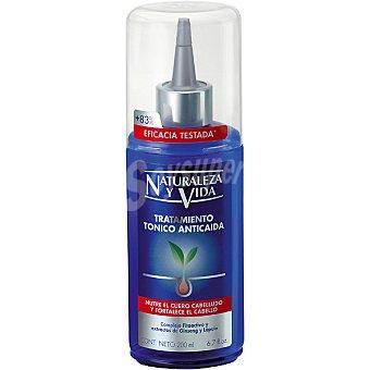 Naturaleza y Vida Tónico tratamiento anticaída nutre el cuero cabelludo y fortalece el cabello con complejo fitoactivo y extracto de Ginseng y Lúpulo dosificador 200 ml