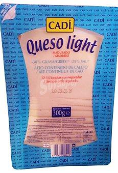 Cadí Queso barra lonchas light madurado 12/14 U. Paquete de 300 g