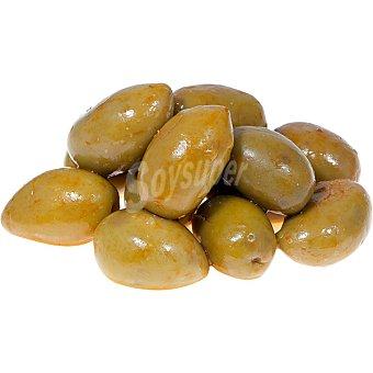 Aperitivos La Real Aceitunas aliñadas con pimentón, cayena, ajo en salmuera, aceite, pimiento rojo, laurel al estilo Mozárabe 100 gramos