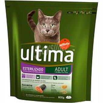 Ultima Affinity Alimento de salmón para gato esterilizado Paquete 800 g