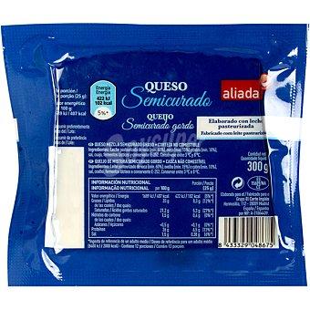 Aliada Queso semicurado mezcla con leche pasteurizada cuña 300 g