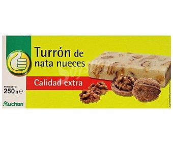 Productos Económicos Alcampo Turrón de nata y nueces 300 gramos