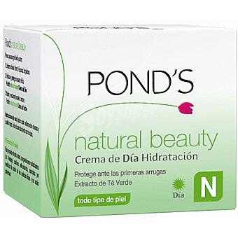 Pond's Crema antiarrugas día Natural Beauty con extracto de té verde para todo tipo de piel tarro 50 ml protege ante las primeras arrugas Tarro 50 ml