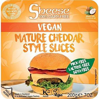 Sheese queso vegetal en lonchas estilo cheddar sin gluten y 100% sin lactosa con aceite de coco Envase 200 g
