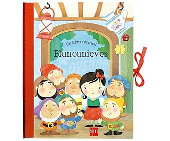 Editorial SM Blancanieves, Libro carrusel en 3D, helen rowe. Género: infantil, libro-juego. Editorial SM
