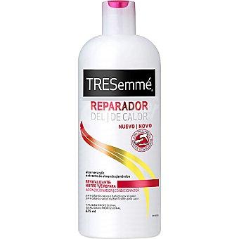 Tresemmé Acondicionador Reparador del calor revitalizante con aloe vera y extracto de almendra botella 675 ml para cabello seco y dañado por el calor Botella 675 ml