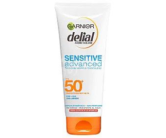 Delial Garnier Sensitive Advanced leche bronceador SPF-50+ resistente al agua para piel clara sensible e intolerante al sol Tubo 200 ml