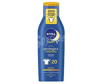 Nivea Sun Leche solar hidratante FP-20 resistente al agua Protege & Hidrata Frasco 200 ml