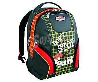 SEVEN Surtido de mochilas, modelo Spicy, Mixer o Play 1 Unidad