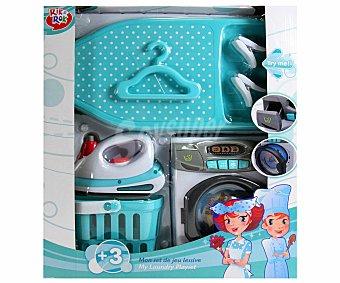 Rik&Rok Auchan Mini-lavadora, Tabla, Plancha y Cestito para la Ropa, con Sonidos y Luces, Favorece el Juego Simbólico 1 Unidad
