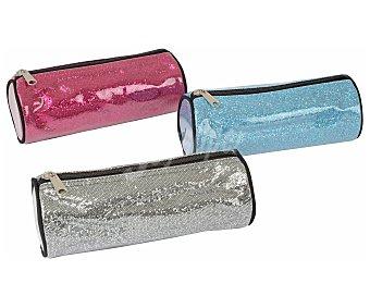 Auchan Estuche portatodo redondo, con cierre de cremallera y de varios colores con acabado metalizado AUCHAN. Este producto dispone de distintos modelos o colores. Se venden por separado SE SURTIRÁN SEGÚN EXISTENCIAS