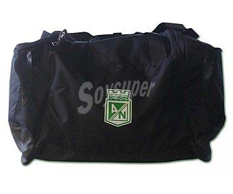 Nike Bolsa de deporte color negro, 3 compartimentos, guantera impermeable separada, 52 litros de capacidad, 52.5x37.5x27.5 centímetros 1 Unidad