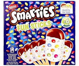 Helados Nestlé Helado de vainilla con chocolate y smarties Pack de 6 u x 58 ml